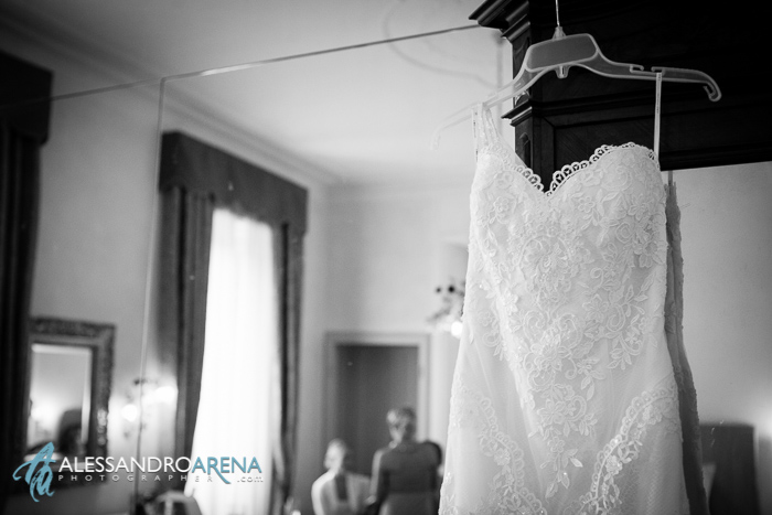 villa borghi bride gettingready dress