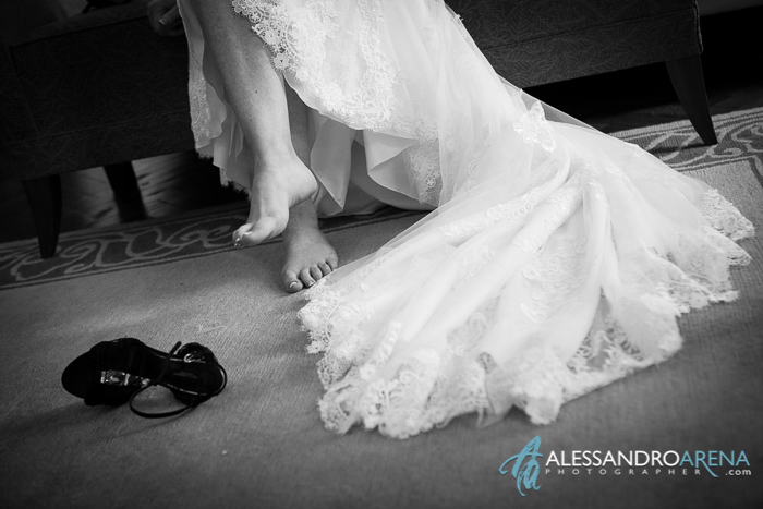 wedding in villa borghi - bride shoes
