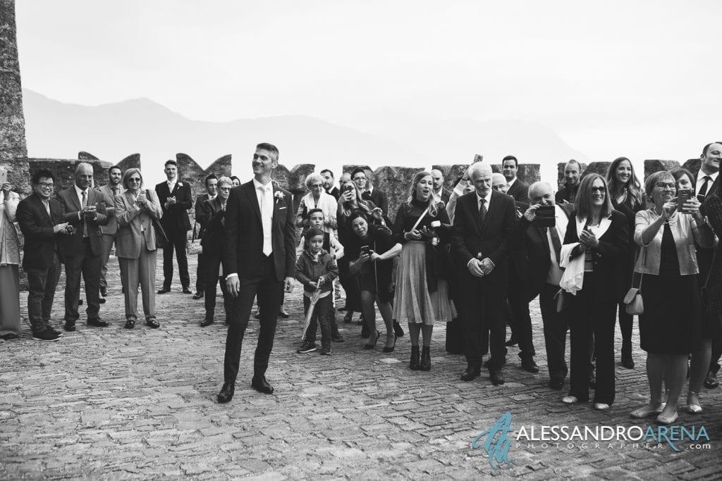 foto matrimonio castello Sasso Corbaro Bellinzona - lo sposo si emoziona