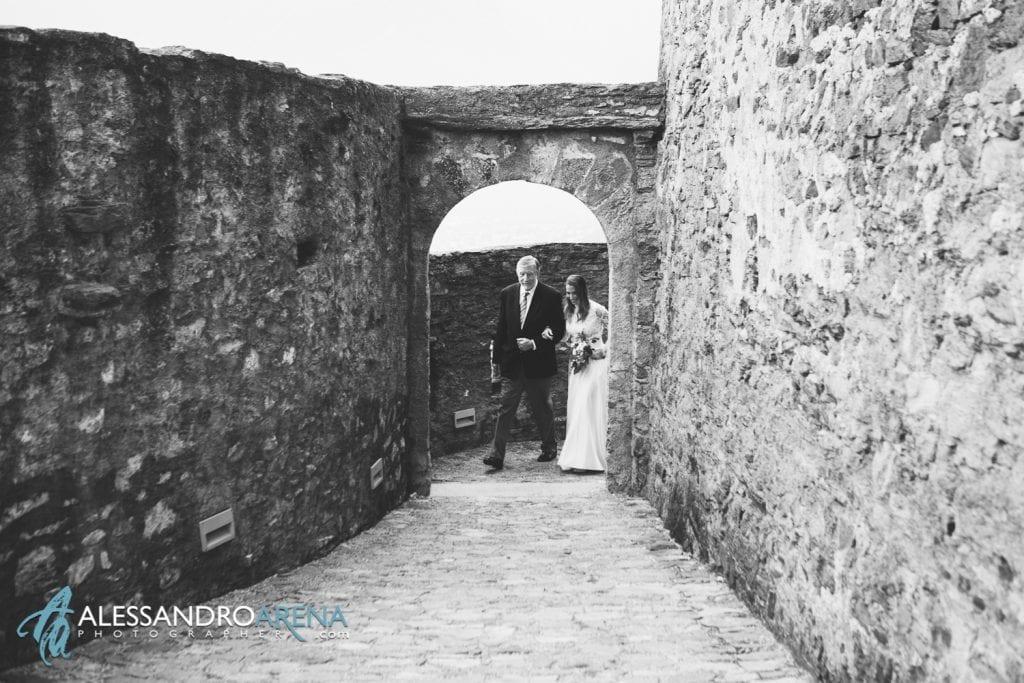 matrimonio castello Sasso Corbaro Bellinzona - Il padre e la sposa
