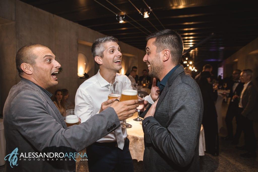 Matrimonio ricevimento ristorante Castelgrande Bellinzona - Brindisi durante lo standing dinner
