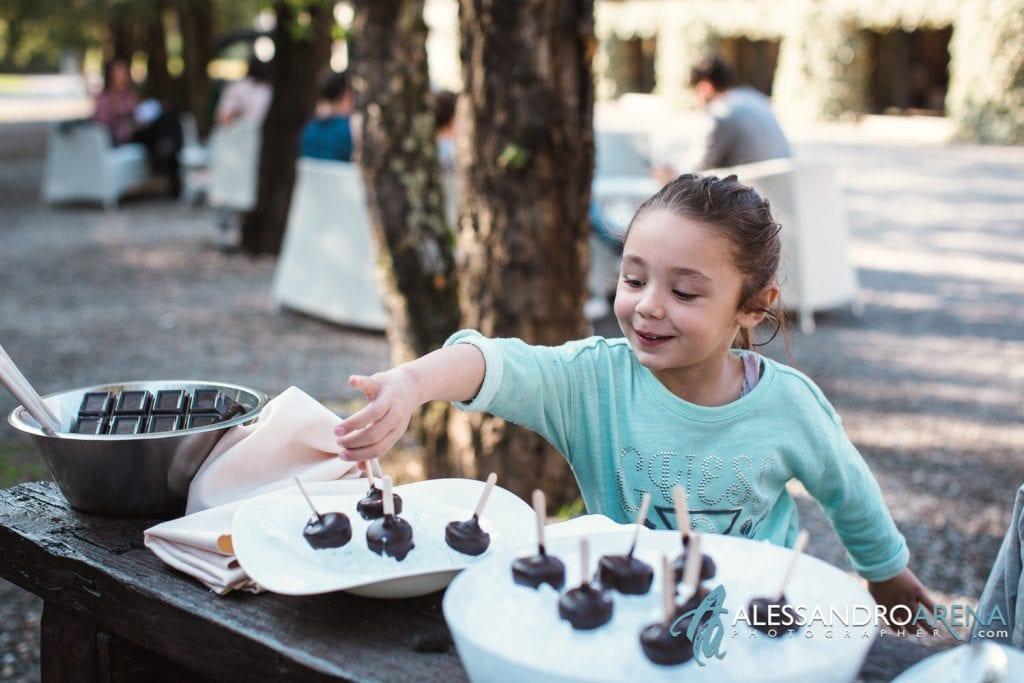 Max and Kitchen Catering a Milano - Gelato mini porzioni al cioccolato 2