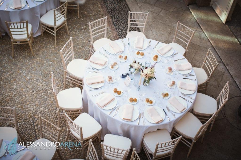 Tavola - Matrimonio a Villa Esengrini Montalbano Varese - Allestimenti Sala - Alessandro Arena Fotografo