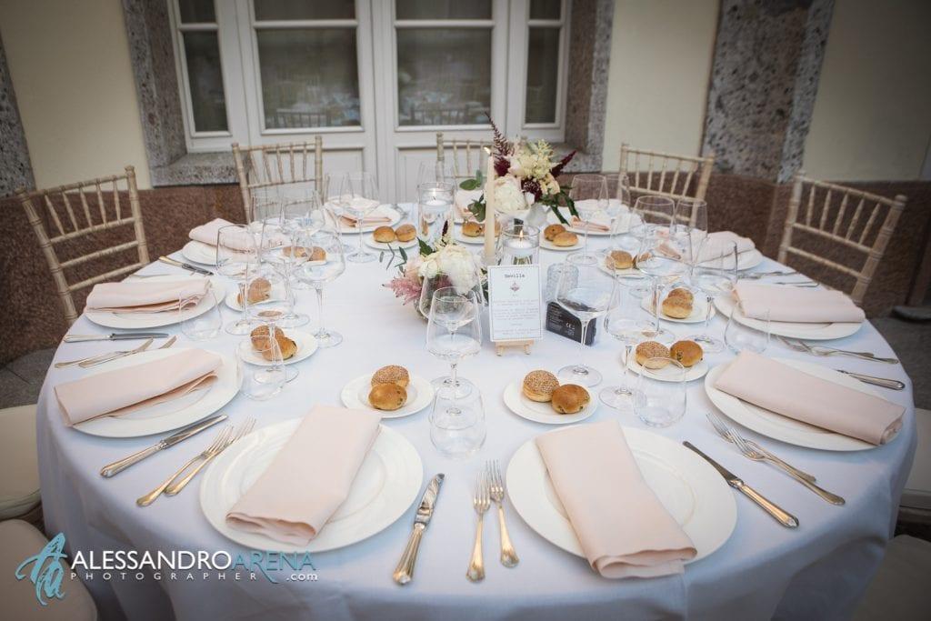 Tavolo sposi - Matrimonio a Villa Esengrini Montalbano Varese - Allestimenti Sala