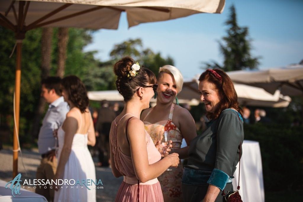 Invitati - Matrimonio a Villa Montalbano Varese - Aperitivo - Alessandro Arena Fotografo