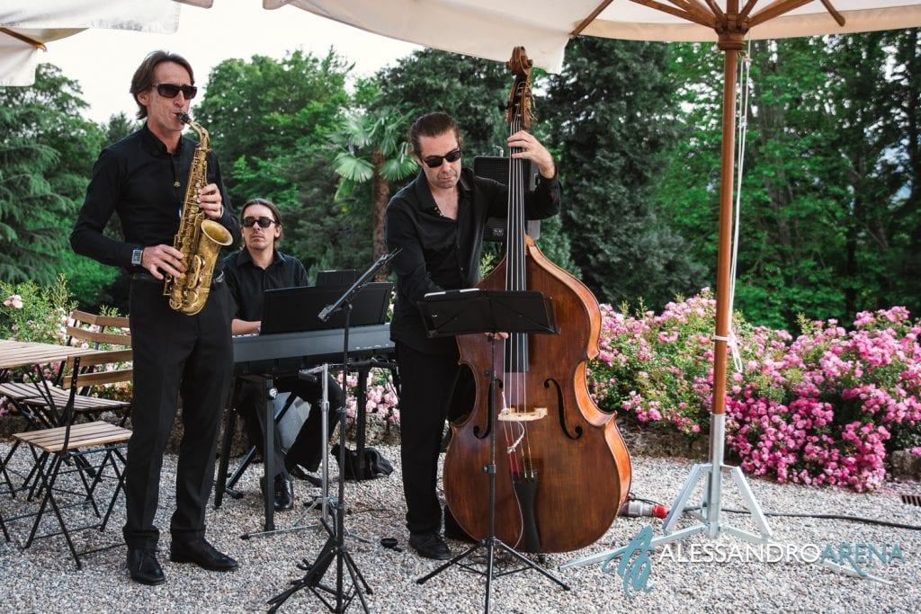Ariel Jazz Musica - Matrimonio a Villa Montalbano Varese - Aperitivo - Alessandro Arena Fotografo