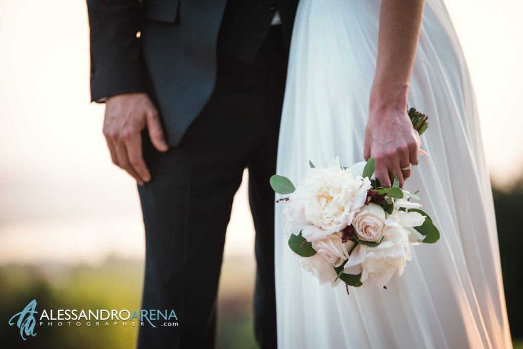 Bouquet sposa - Sposi a Villa Esengrini Montalbano Varese - Reportage