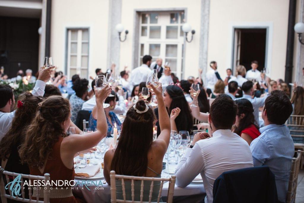 Brindisi per gli Sposi a Villa Esengrini Montalbano Varese - Reportage