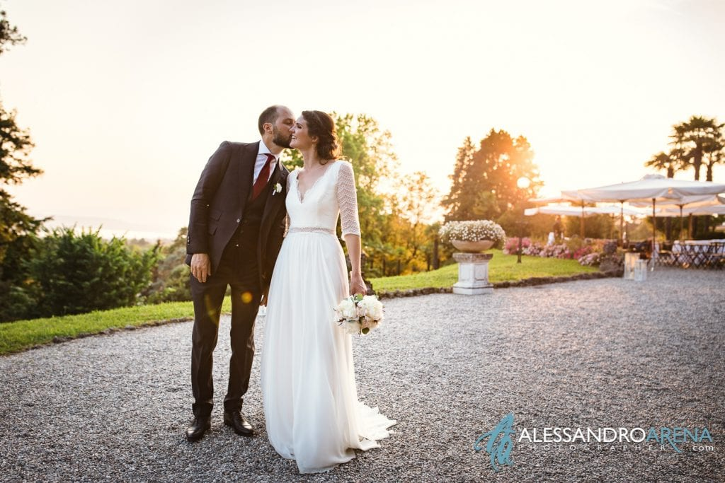 Bacio Sposi a Villa Esengrini Montalbano Varese - Reportage - Alessandro Arena Fotografo