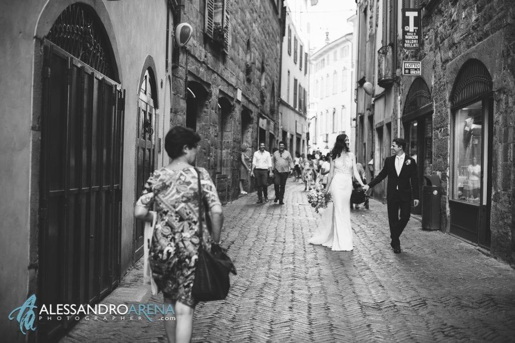 Sposi per le vie di Bergamo Città Alta