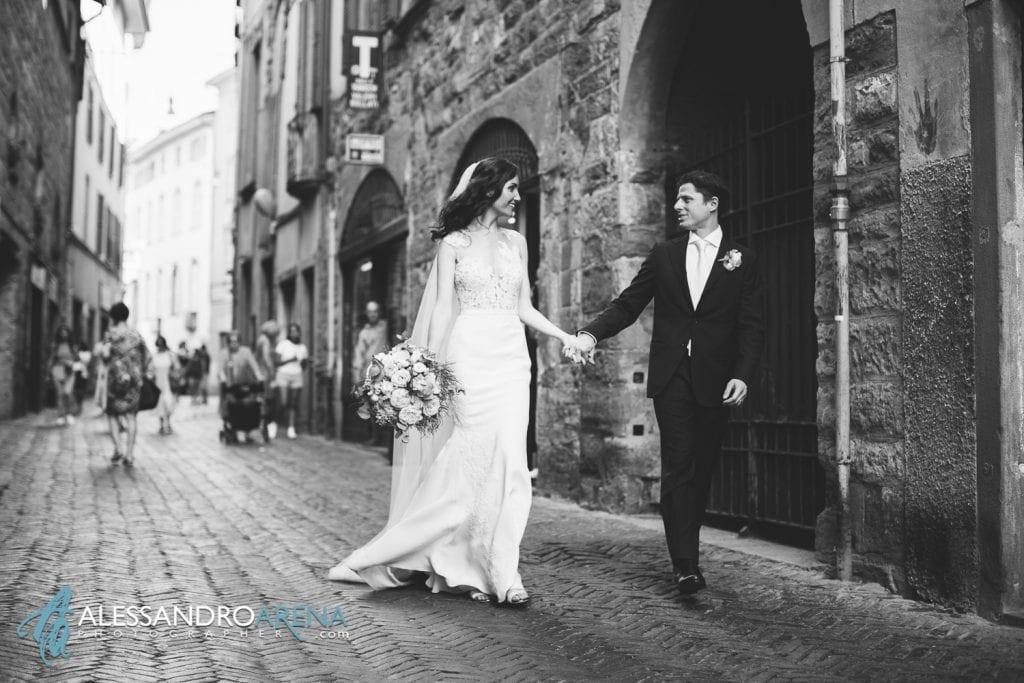 Sposi per le vie di Bergamo Città Alta - Destination Wedding