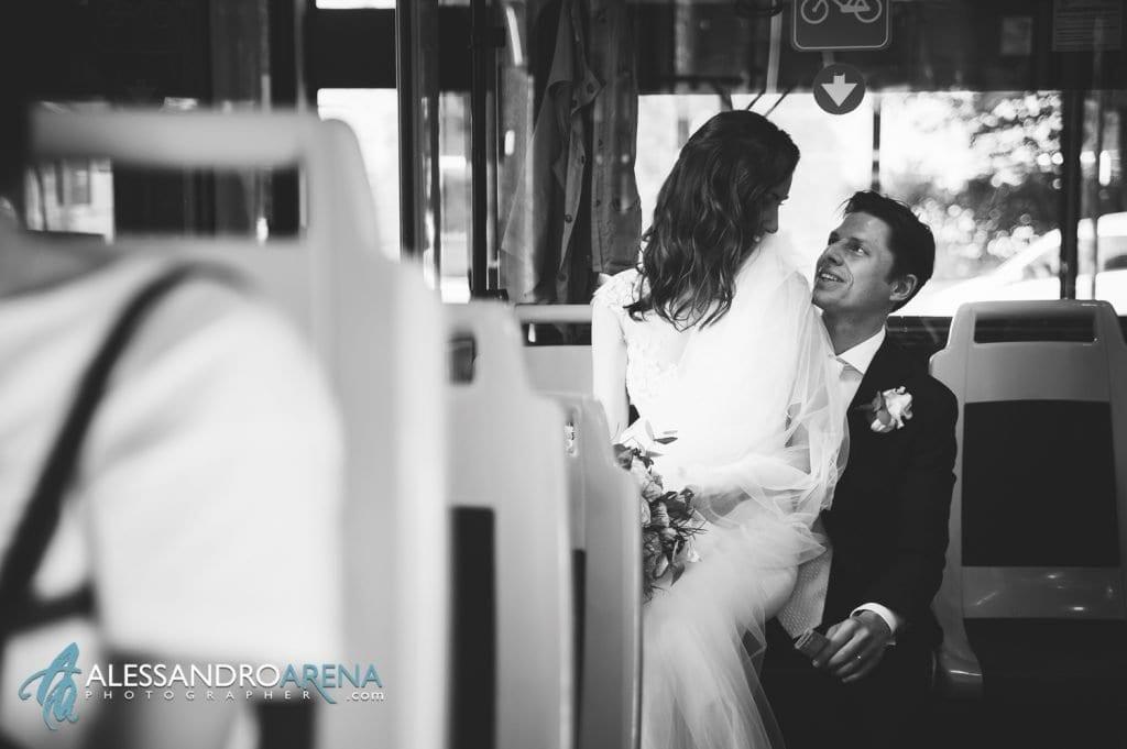 Sposi sulla funicolare San Vigilio - Bergamo Alta