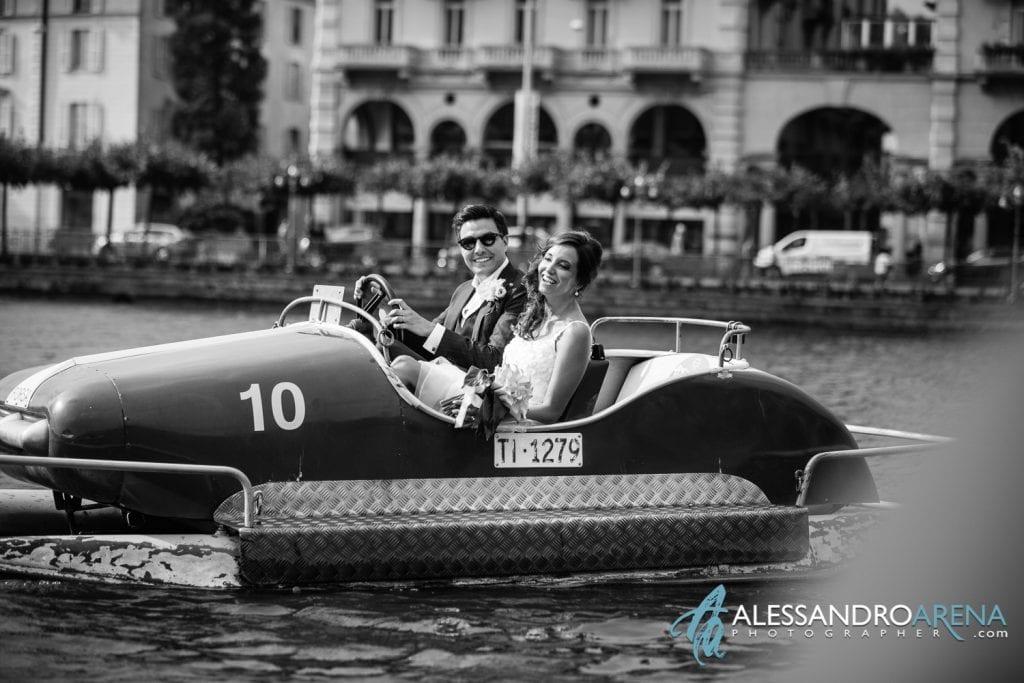 Sposi sul Pedalò Sul Lago di Lugano