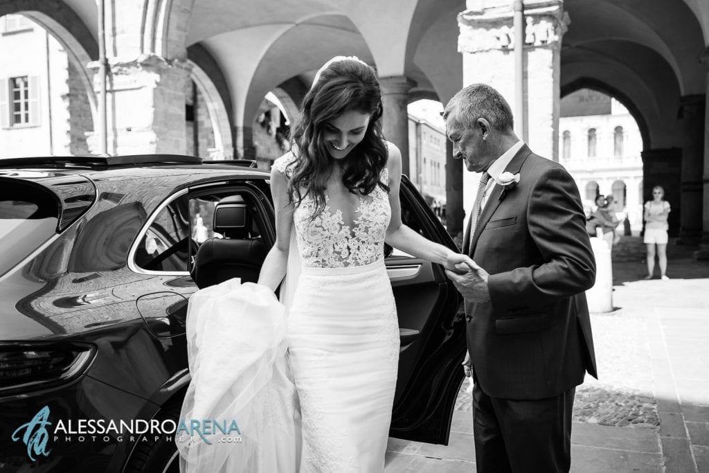 Matrimonio Duomo Bergamo Alta - Arrivo della sposa