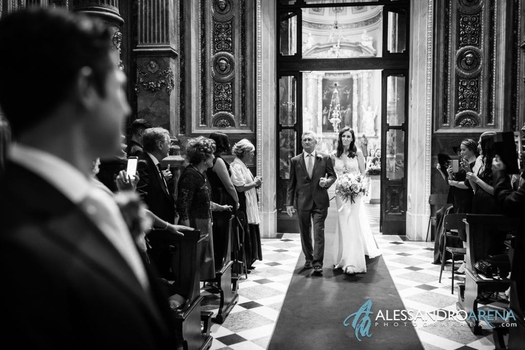 Matrimonio Duomo Bergamo Alta - Primo sguardo tra gli sposi