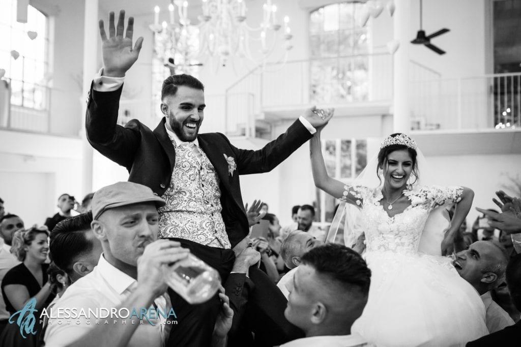 Sposi festeggiano - Sala Fabbrica La madonnina Cantello