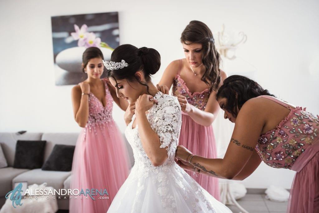 Sposa indossa l'abito - Vouge Lugano
