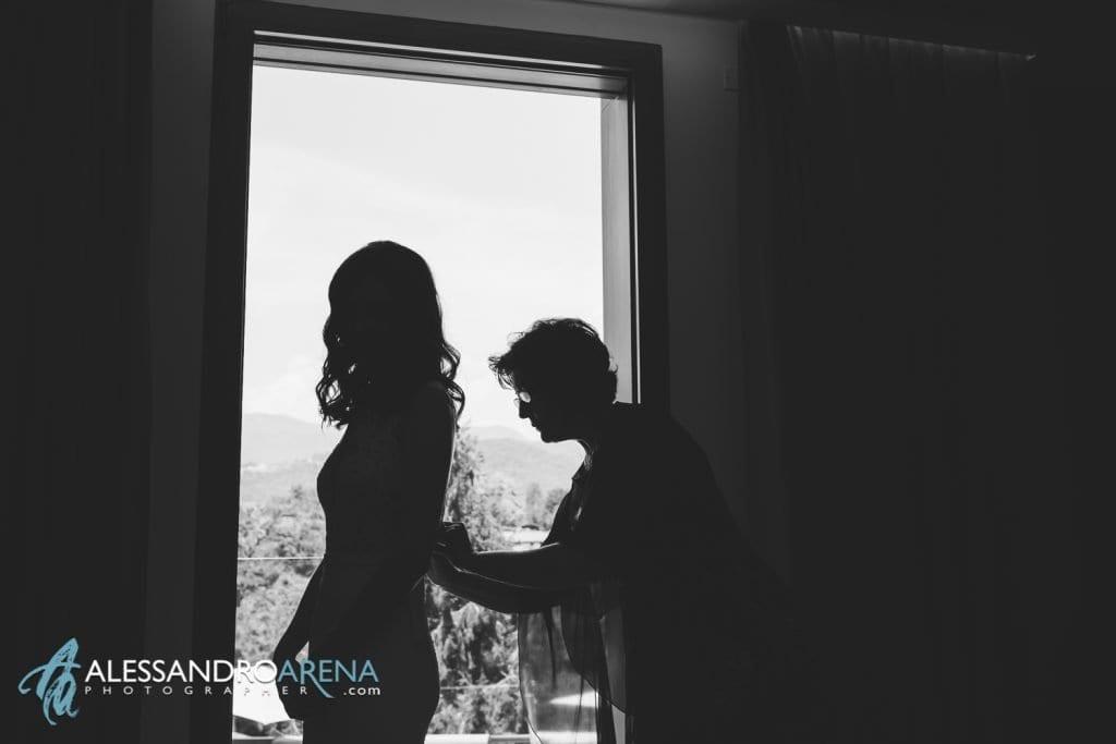 Relais San Lorenzo - La sposa indossa l'abito