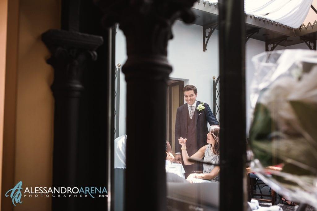 Sposo e invitati al Gran Cafè Al Porto di Lugano