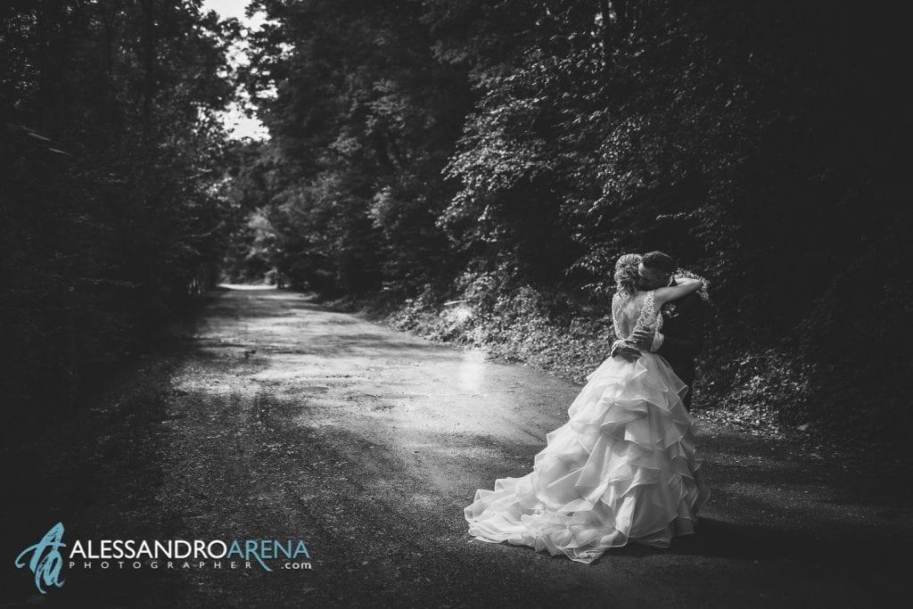 Sessione fotografica sposi al Mulino dell'olio Varese